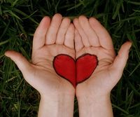 Heart in hands by meg.l via flickr