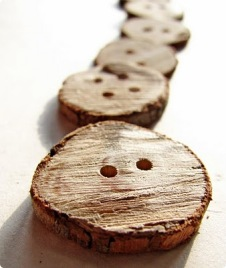 Woodenbutton