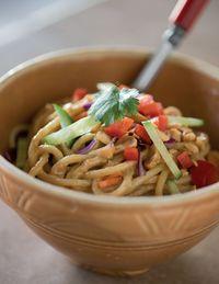 Familydinner peanut noodles
