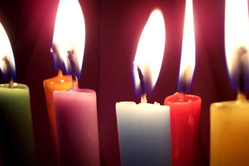 Colored candles from vela5 via morgefile